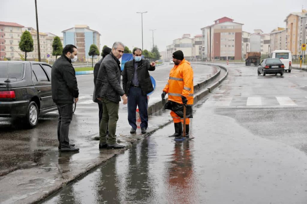 IMG 20201126 WA0017 - صبح امروز؛ شهردار رشت از نقاط آبگیر سطح شهر بازدید کرد