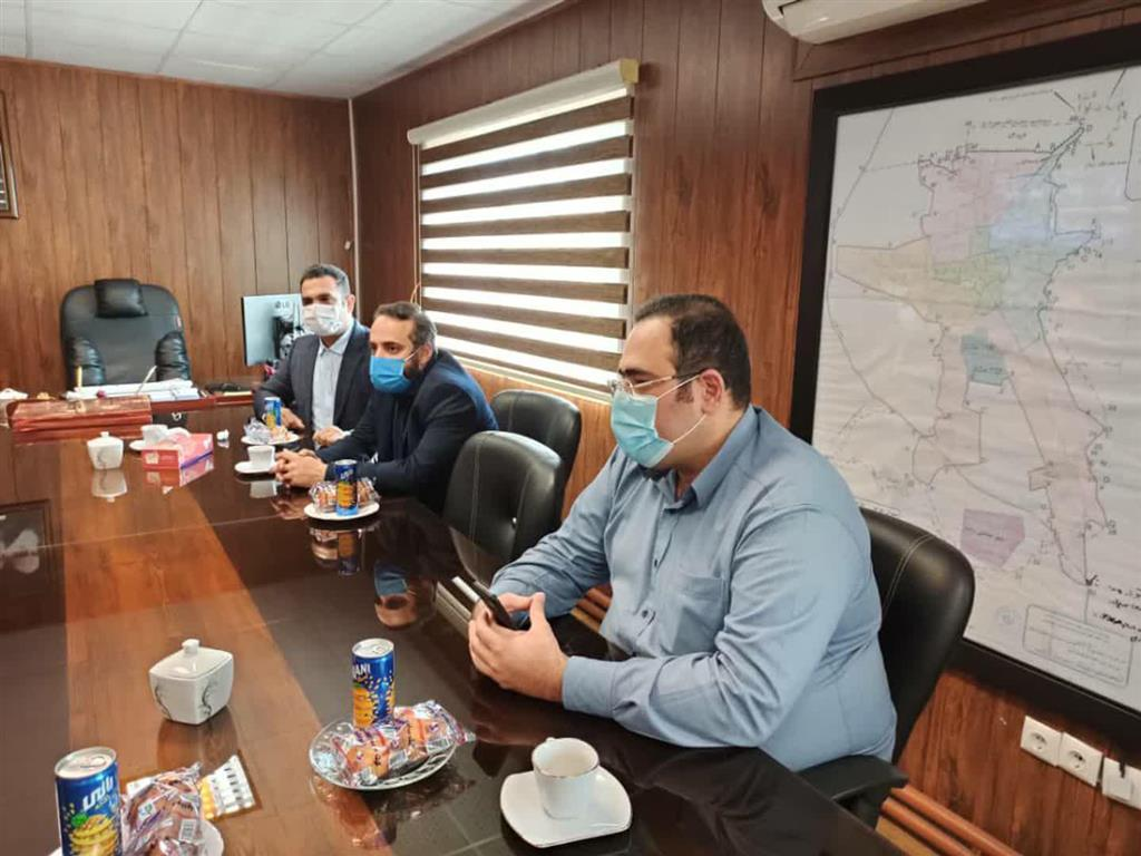 photo 2020 10 18 13 49 49 - بازدید جمعی از اعضای شورا و مدیران شهرداری رشت از روند نامگذاری و جانمایی خیابان خوراک در رشت