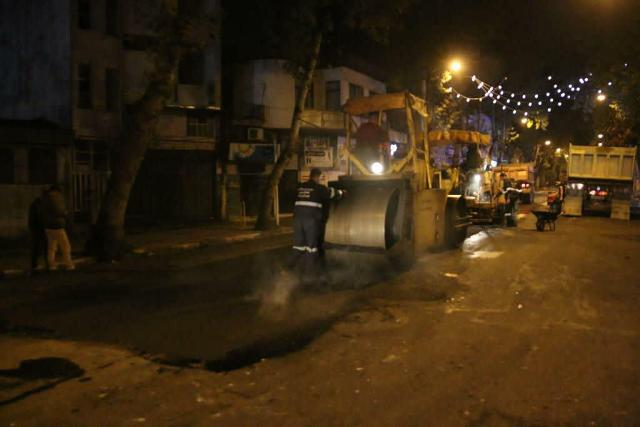 photo 2020 10 29 08 06 55 - گزارش تصویری اجرای آسفالت شبانه خیابان تختی