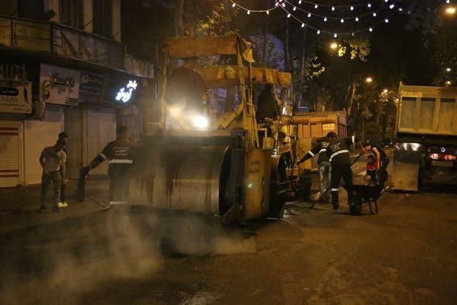 photo 2020 10 29 08 06 57 - گزارش تصویری اجرای آسفالت شبانه خیابان تختی