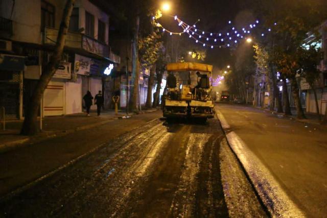photo 2020 10 29 08 07 23 - گزارش تصویری اجرای آسفالت شبانه خیابان تختی