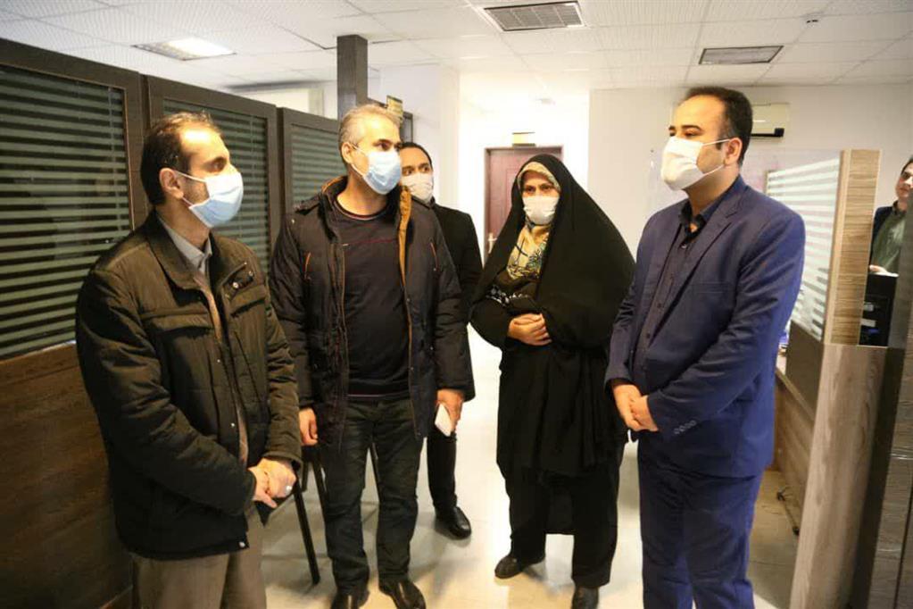 photo 2020 12 06 15 17 27 - بازدید سرزده شهردار رشت از منطقه چهار و تأکید بر تسریع انجام امور در پاسخگویی به شهروندان