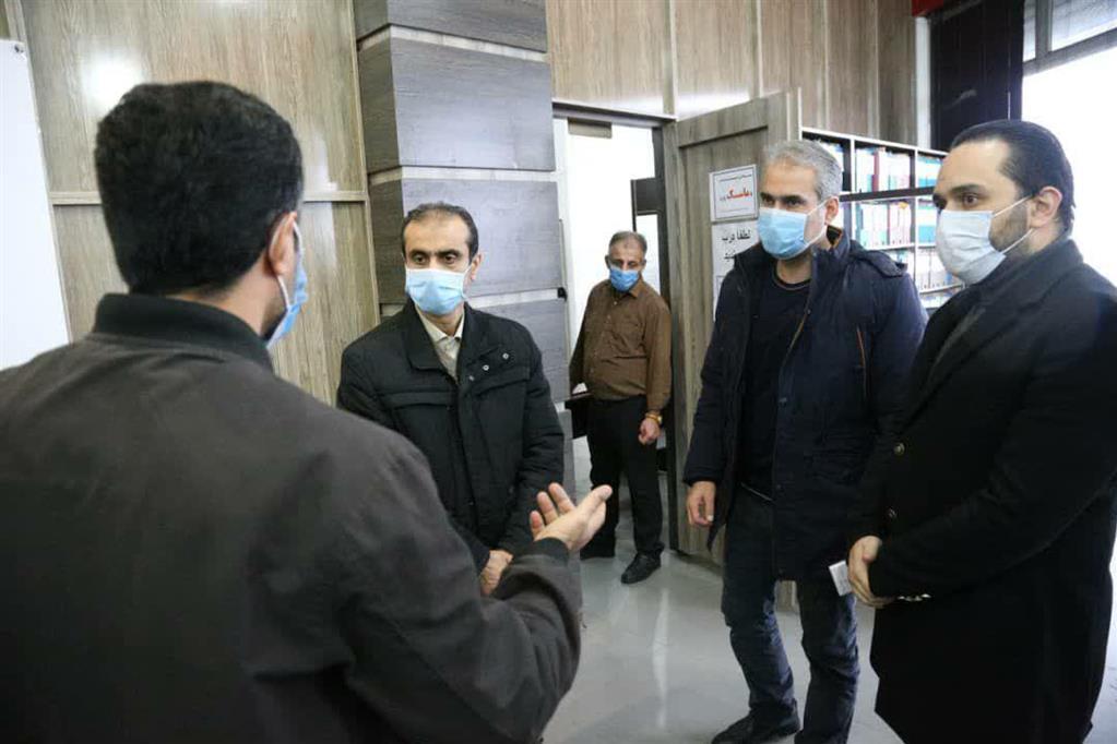 photo 2020 12 06 15 17 31 - بازدید سرزده شهردار رشت از منطقه چهار و تأکید بر تسریع انجام امور در پاسخگویی به شهروندان