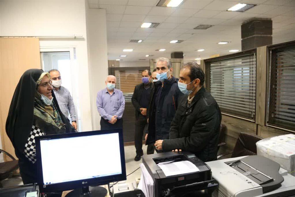 photo 2020 12 06 15 17 37 - بازدید سرزده شهردار رشت از منطقه چهار و تأکید بر تسریع انجام امور در پاسخگویی به شهروندان