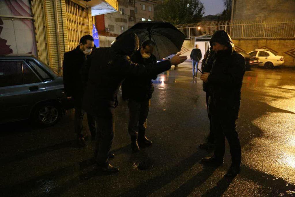 photo 2020 12 06 20 36 16 - در پی ادامه بارش باران، بازدید شبانه شهردار رشت از سطح شهر