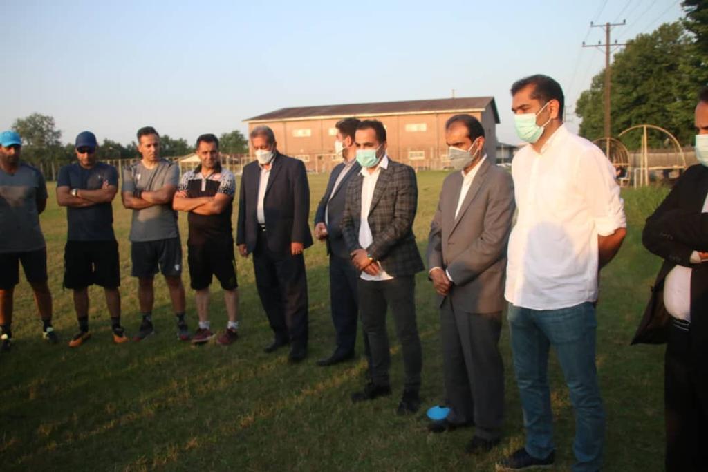 شهردار رشت در تمرین تیم سپیدرود حضوریافت.