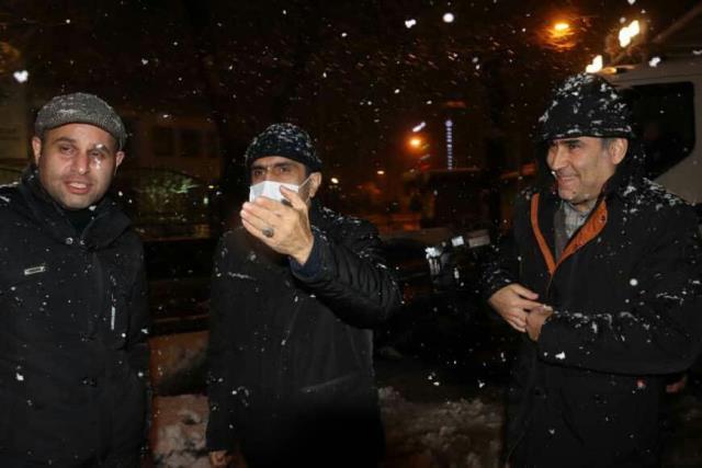 photo 2021 03 13 02 38 46 - گزارش تصویری حضور میدانی شهردار رشت و مدیران شهرداری و اجرای عملیات برف روبی در سطح شهر همزمان با بارش برف (۱)