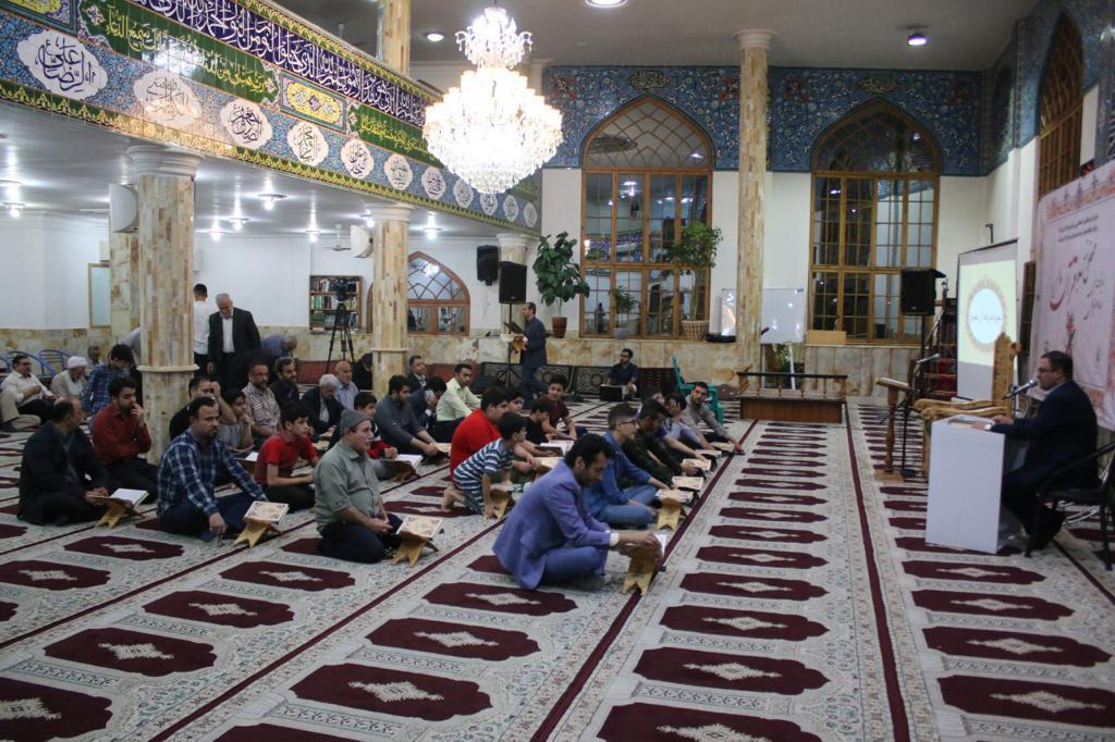 گزارش تصویری برگزاری دومین مراسم محفل انس با قرآن کریم در مسجد هاشمی علی آباد