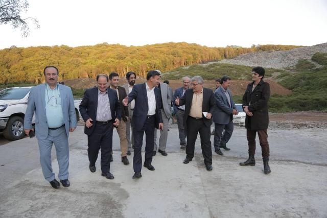 p1002 - شهردار رشت و معاون سیاسی - امنیتی استانداری و فرماندار رشت از دفنگاه زباله سراوان بازدید کردند