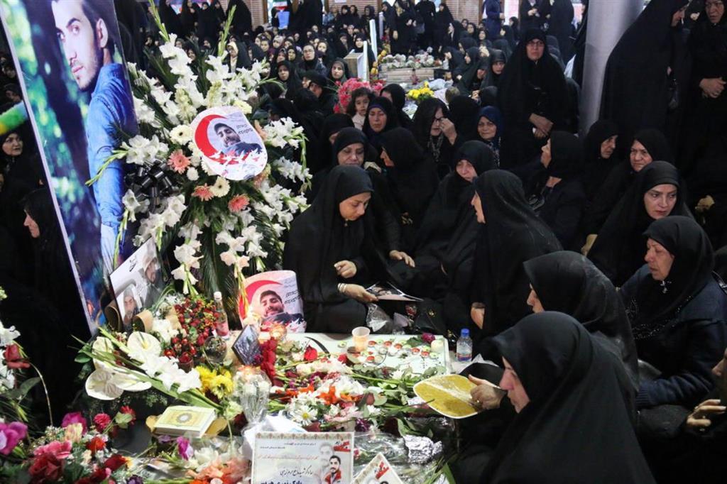 heris115 - گزارش تصویری اولین سالگرد شهید مدافع حرم بابک نوری هریس