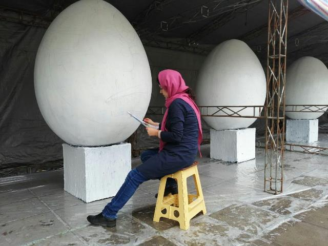photo 2019 03 16 13 36 15 - آغاز فعالیت کارگاه رنگ آمیزی تخم مرغ های رنگی نوروز در پارک قدس رشت