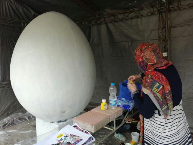 photo 2019 03 16 13 36 25 - آغاز فعالیت کارگاه رنگ آمیزی تخم مرغ های رنگی نوروز در پارک قدس رشت