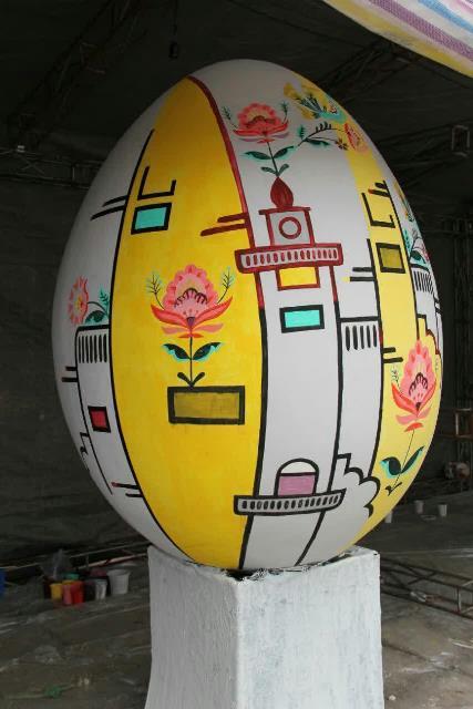 photo 2019 03 19 17 04 54 - برگزاری مراسم اختتامیه کارگاه رنگ آمیزی تخم مرغ های رنگی نوروزی در رشت