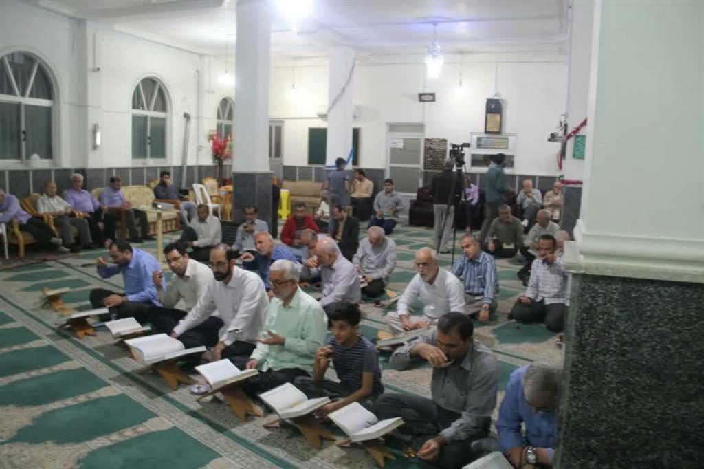گزارش تصویری برگزاری مراسم محفل انس با قرآن کریم در مسجد حضرت ابوالفضل (ع) شهرک قدس