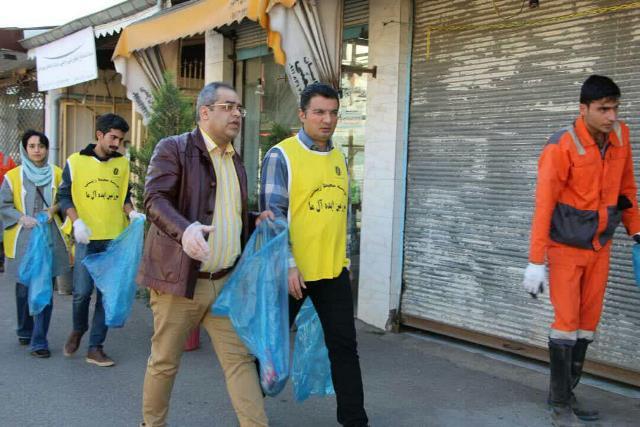 photo 2019 12 27 19 40 01 - با هدف فرهنگ سازی برای تفکیک زباله از مبدا؛ طرح پاکسازی محله حمیدیان رشت به اجرا در آمد