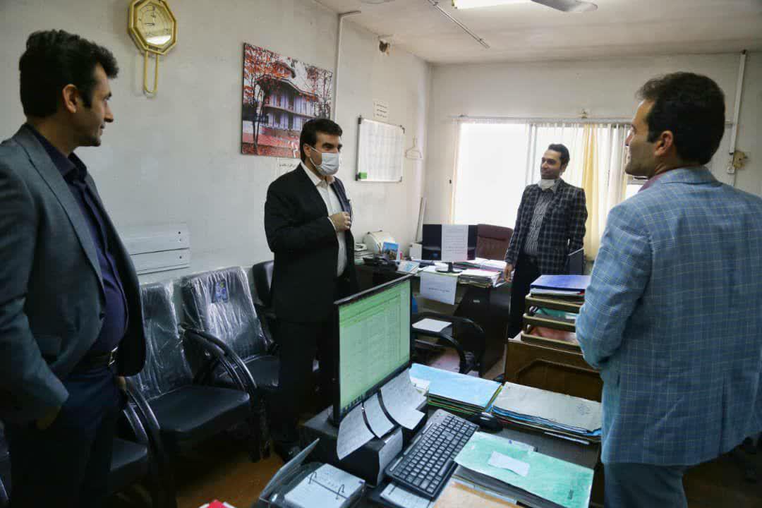 photo 2020 09 27 14 08 37 - بازدید سرزده سرپرست شهرداری رشت از شهرداری منطقه دو