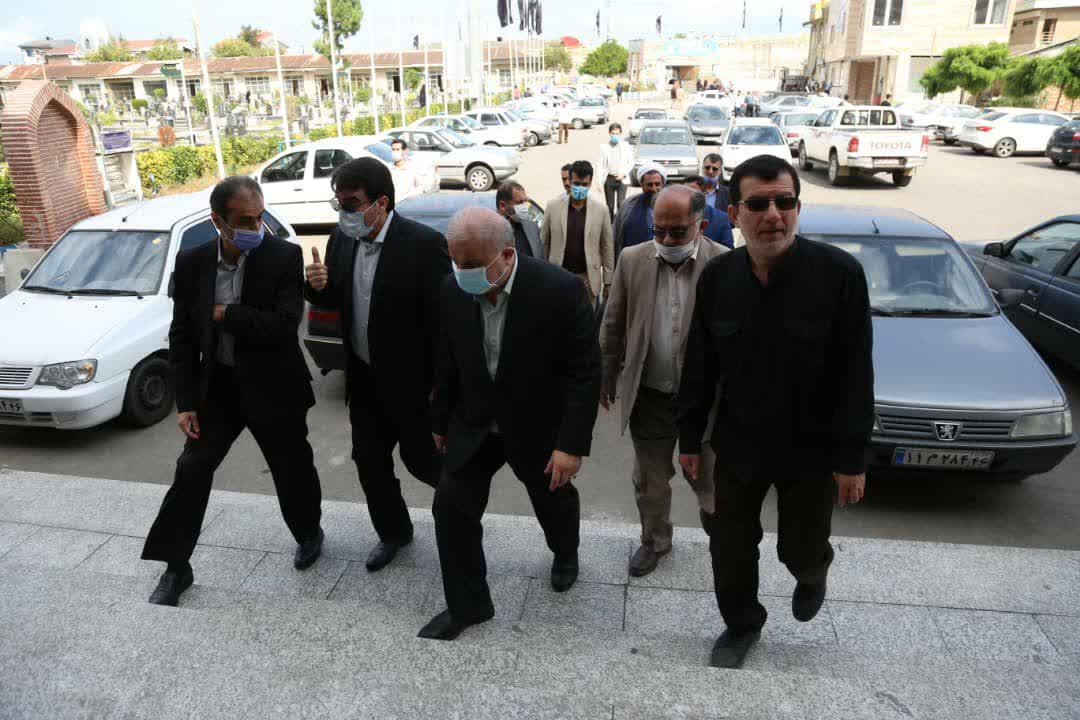 photo 2020 10 01 11 47 39 - گزارش تصویری تجدید میثاق شهردار منتخب رشت با آرمان های شهدا